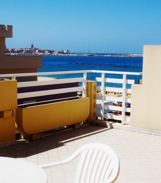 Sea_view_from_balcony_2.jpg