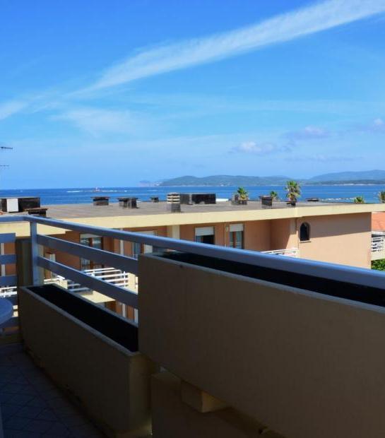 Sea_view_from_balcony_3.jpg